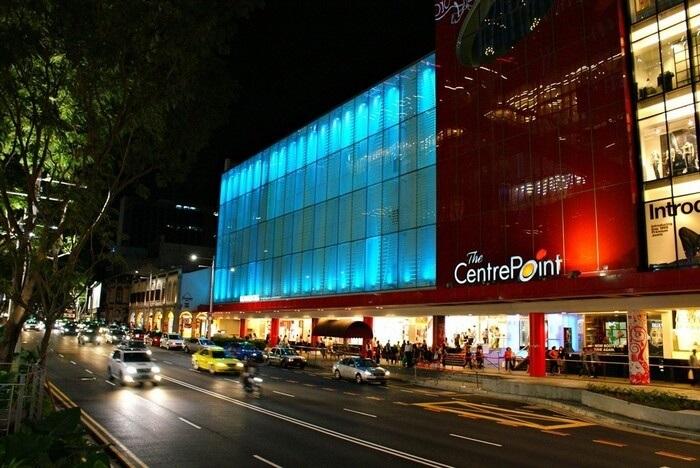 orchard road - thiên đường mua sắm khi đi du lịch singapore