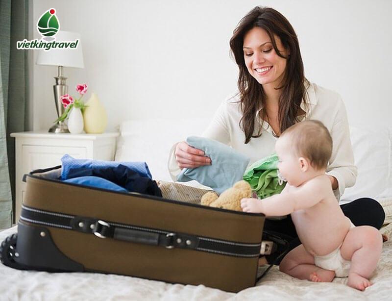 đi du lịch có con nhỏ và một số vấn đề cần giải quyết